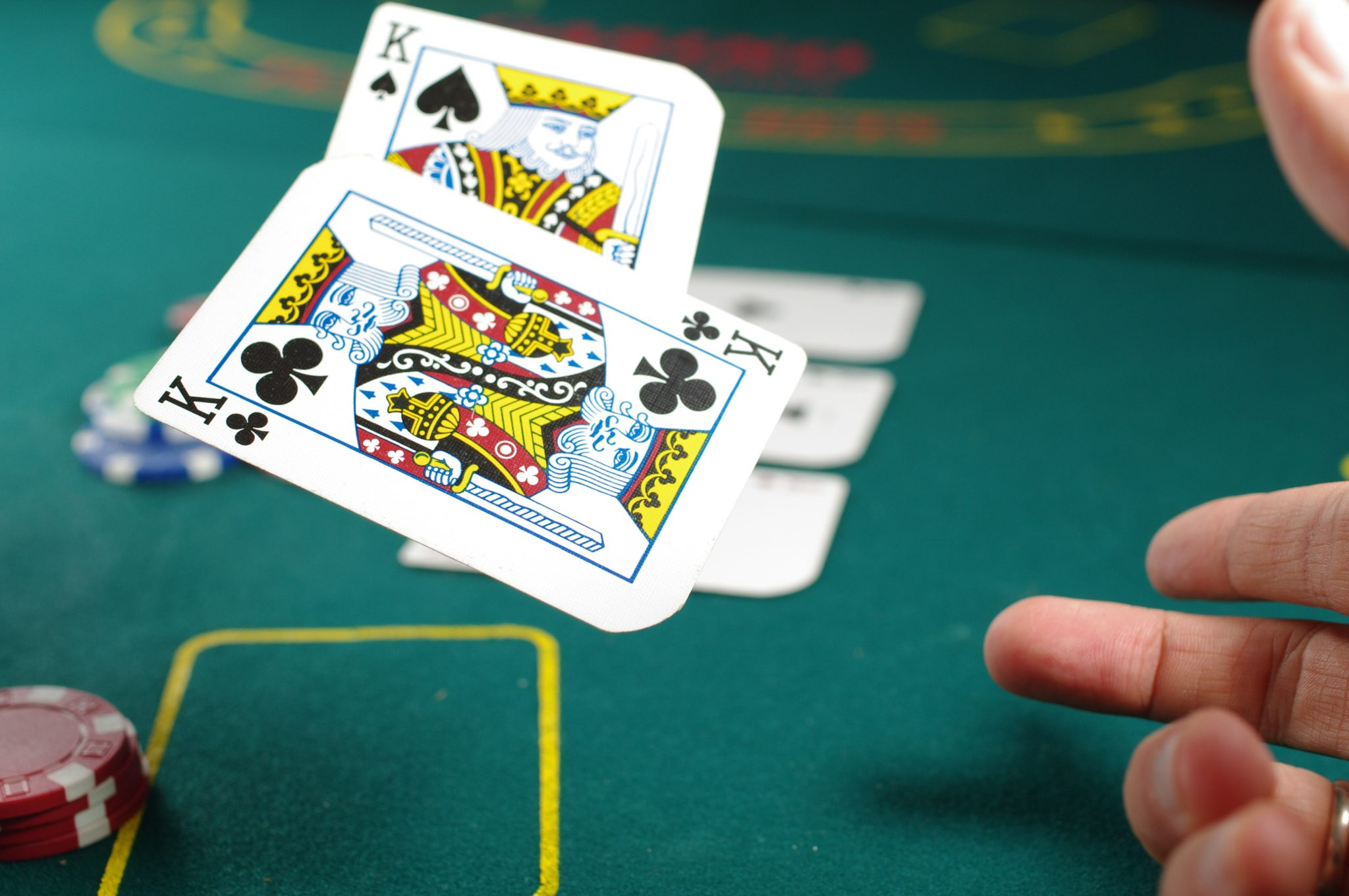 What do you understand with the term online gambling?