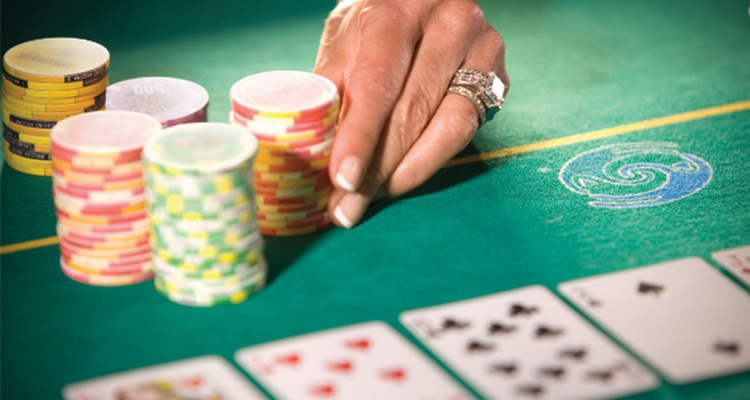 Earn and enjoy using online casino sites
